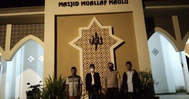 Pam dan Monitoring pelaksanaan Sholat Tarwih di Masjid Muallaf Maulu