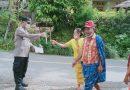 Bhabinkamtibmas Aiptu Samsul Bahri Kunjungan Dan Pembagian Masker Di Wilayah Binaan
